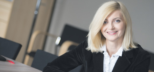 Z Emilią Urich, Dyrektorem Personalnym firmy Atena Usługi Informatyczne i Finansowe S.A., rozmawia Tina Dej.